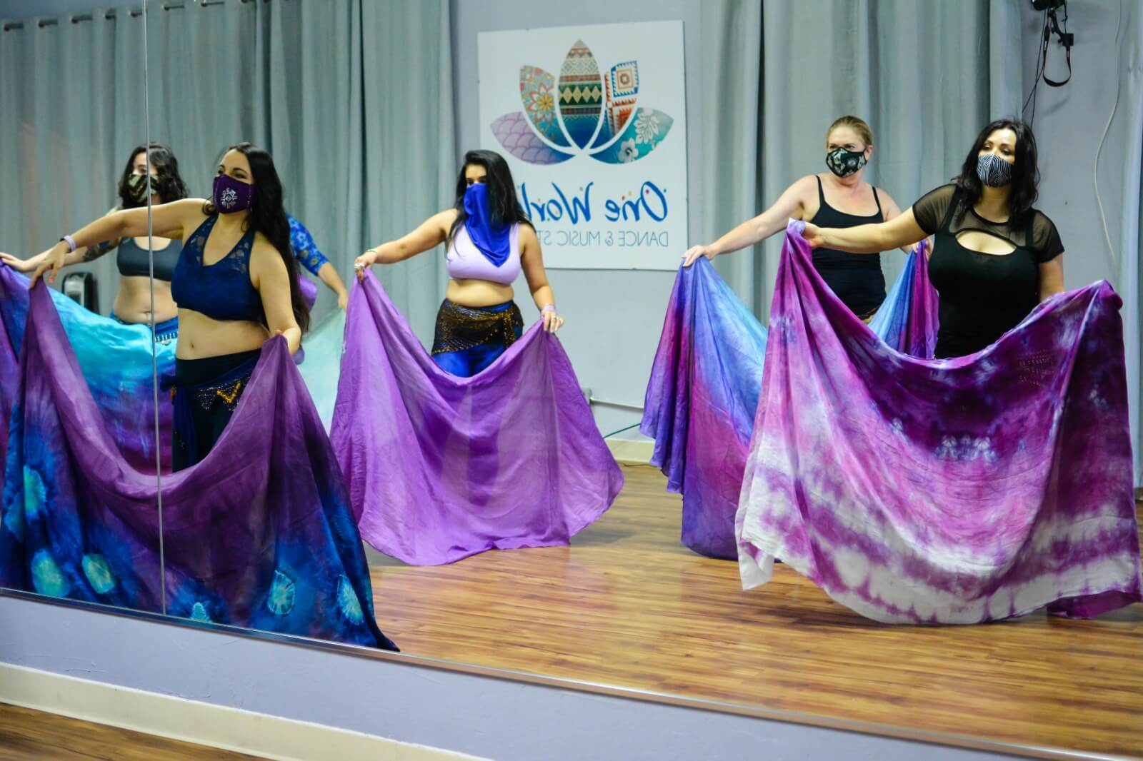 Phoenix belly dance students with veils